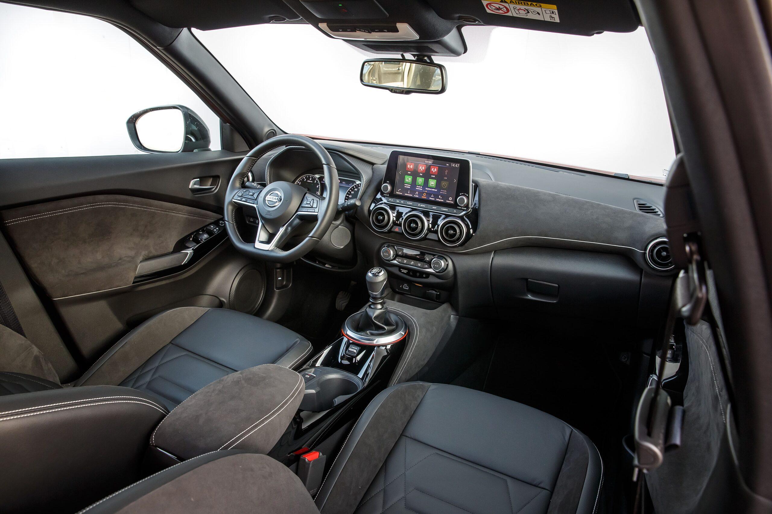 Nissan Juke Interni 2