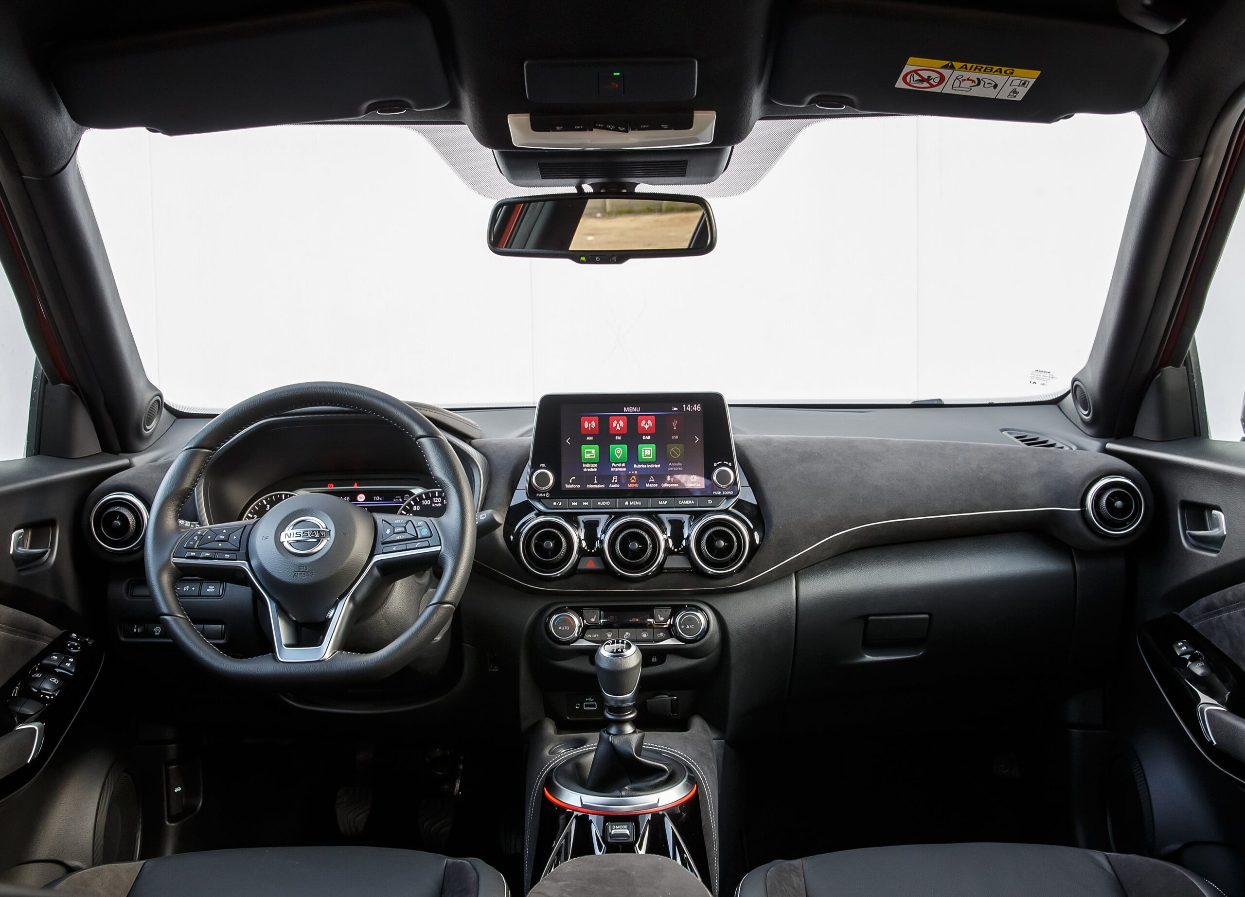 Nissan Juke Interni