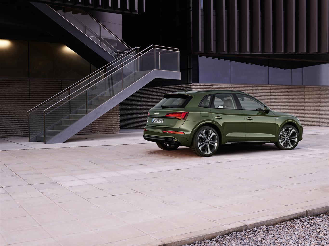 Nuova Audi Q5 laterale