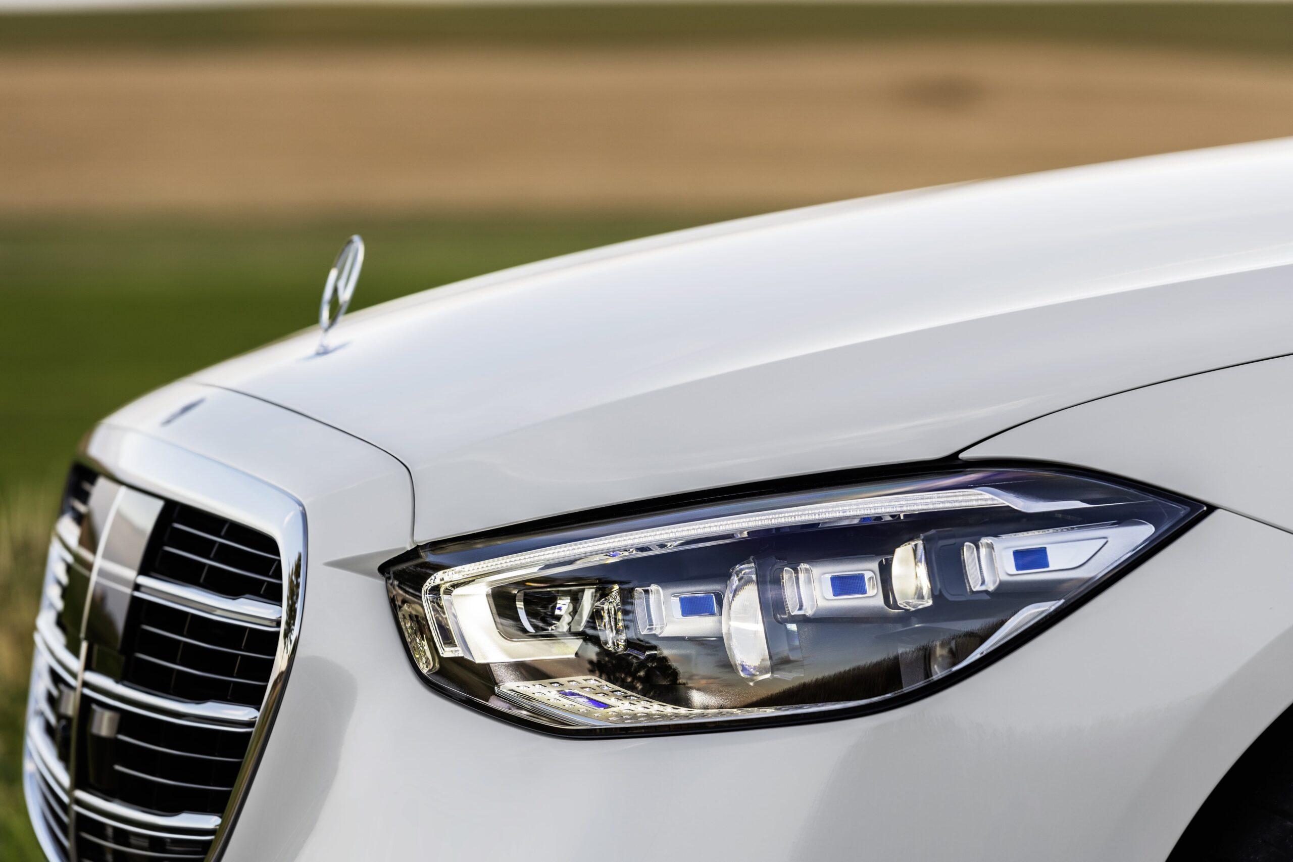 Mercedes Classe S Fari LED