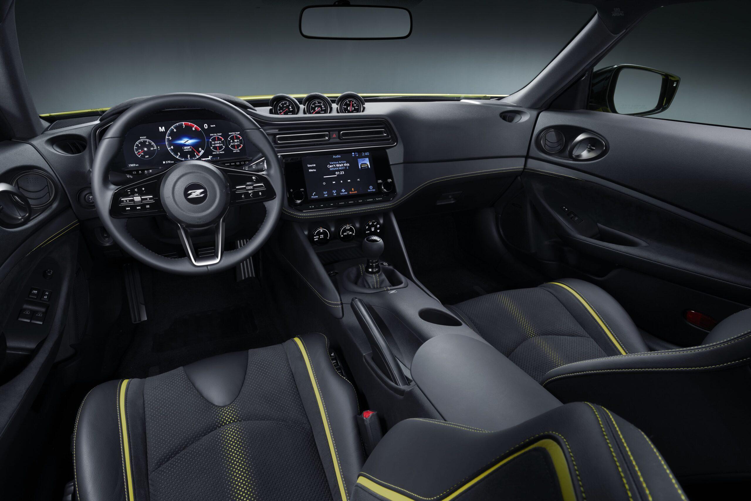 Nissan Z Proto Interni 2