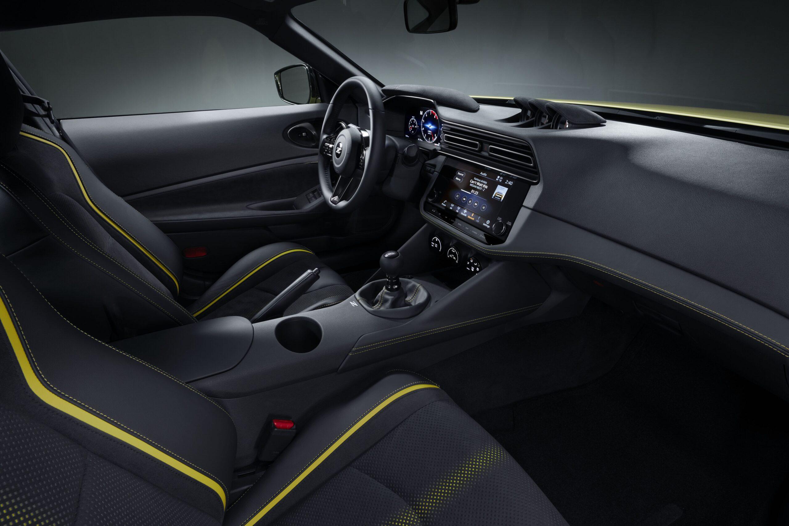 Nissan Z Proto Interni