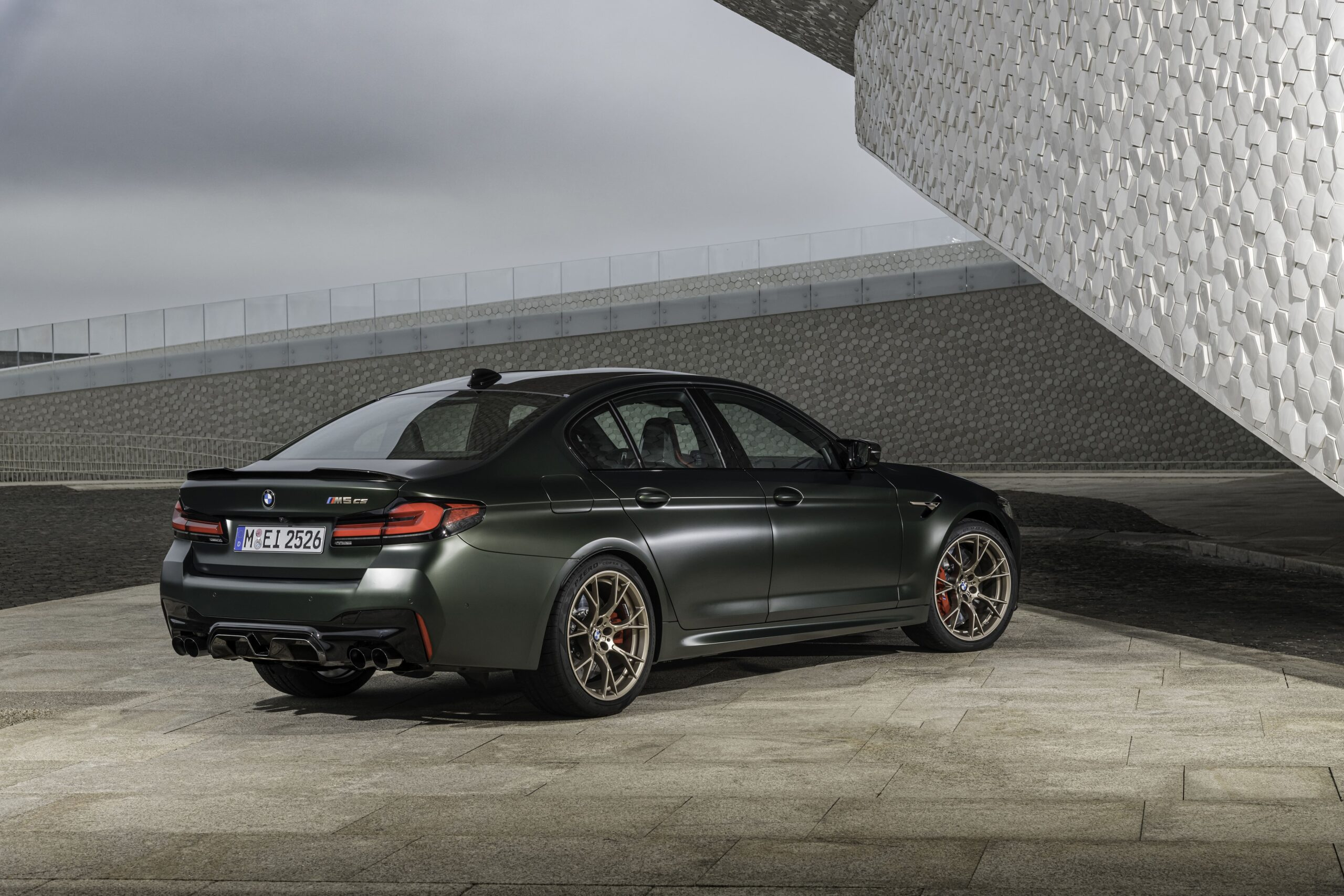 BMW CS M5_ 04