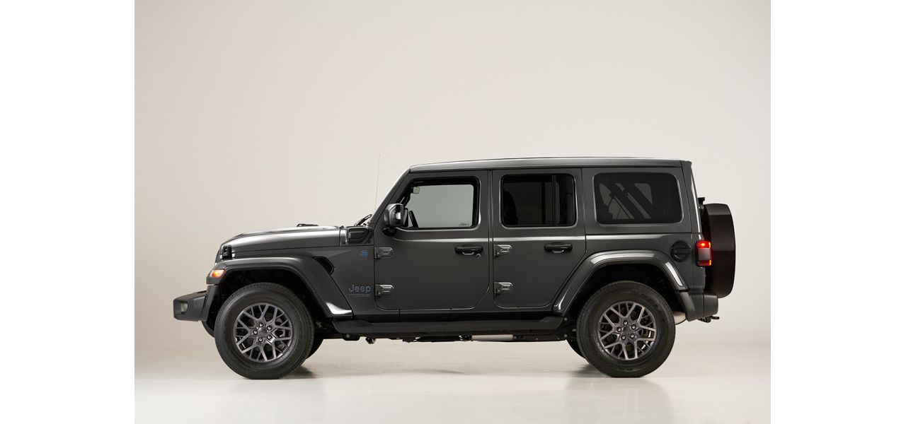 Jeep Wrangler First Edition_3