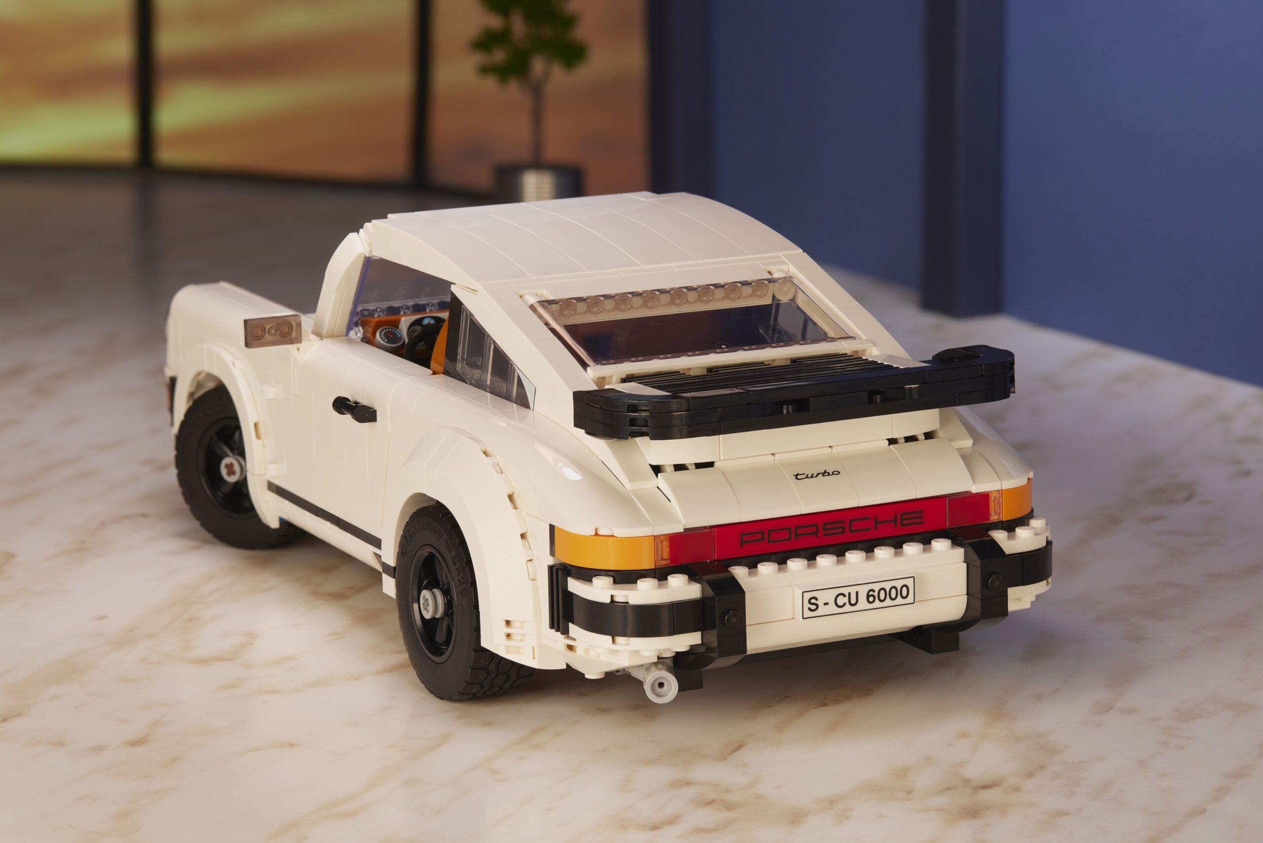 LEGO Porsche 911-02
