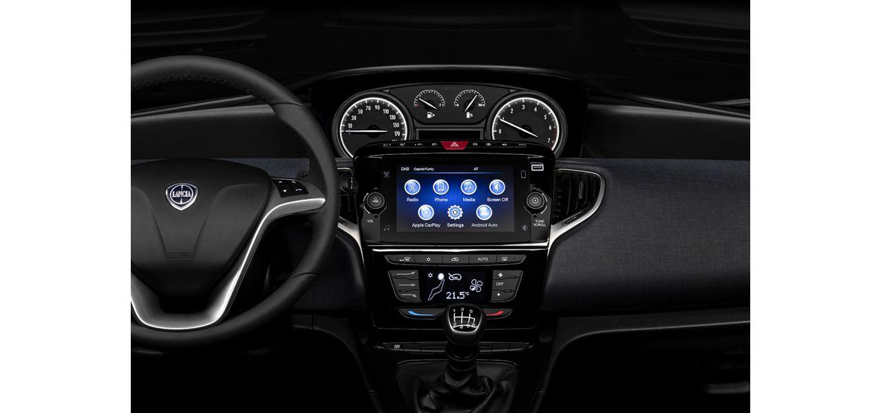 Lancia Ypsilon 05