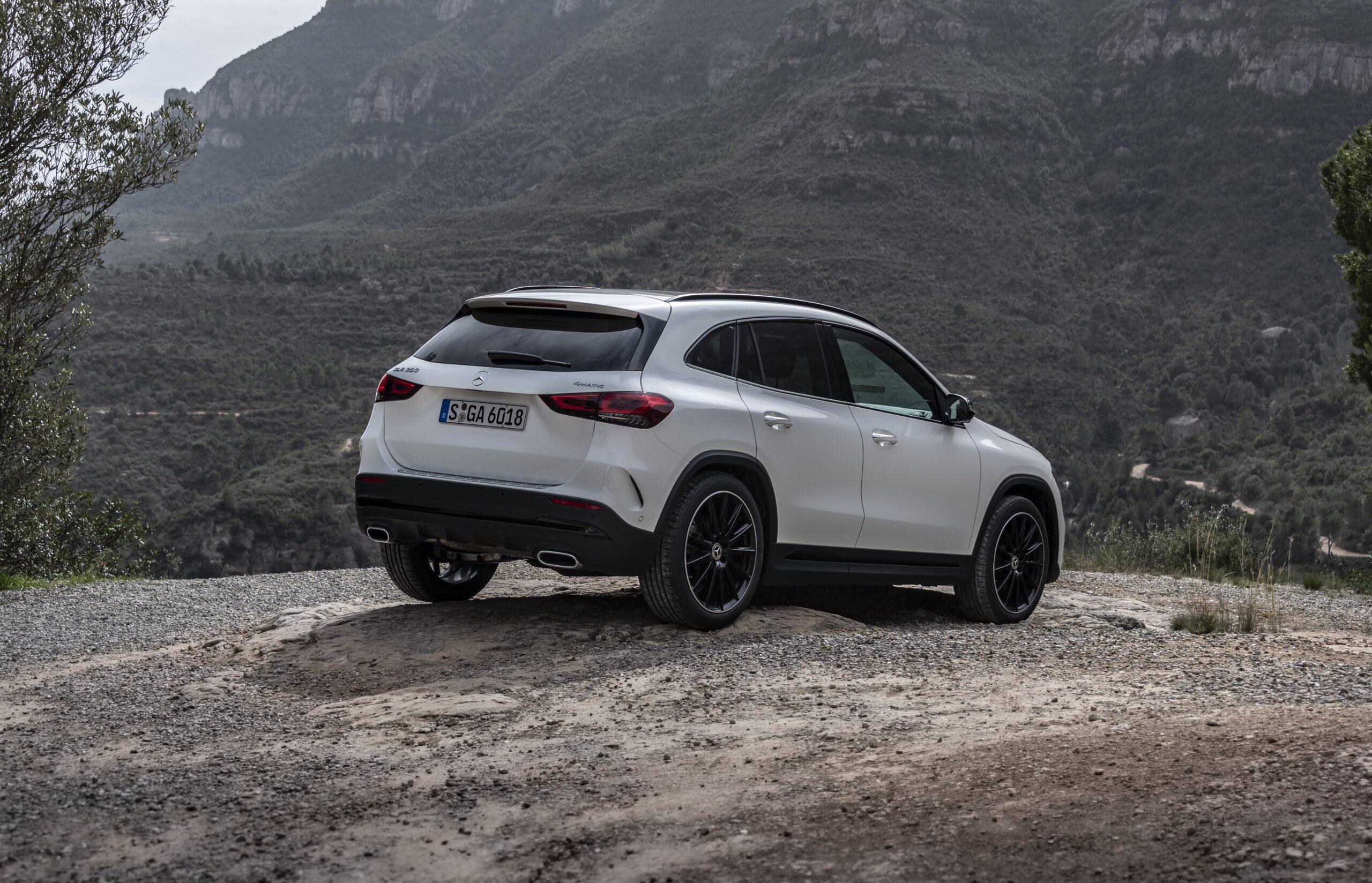 Mercedes GLA 03