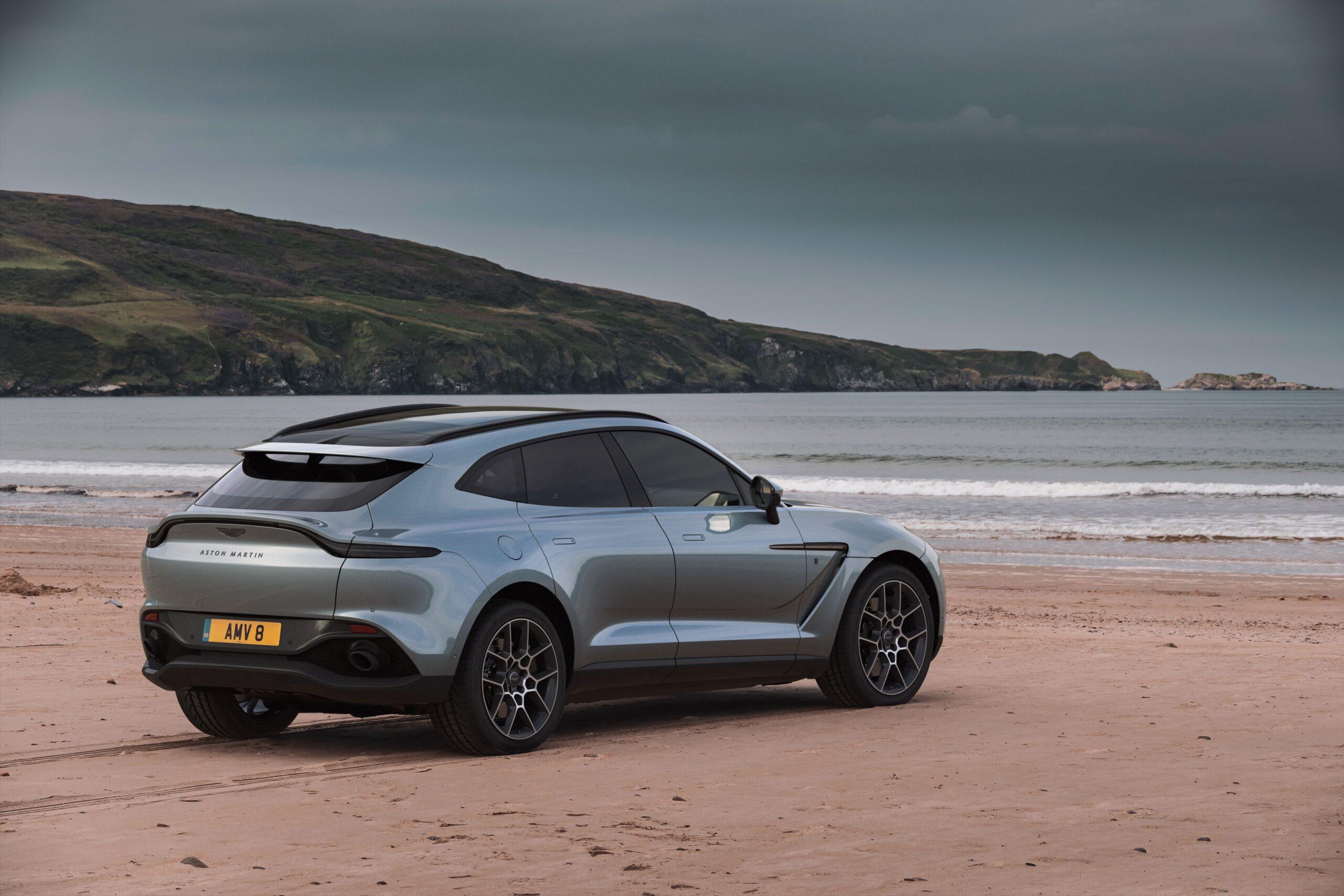 Q by Aston Martin DBX Bowmore Edition_ (3)