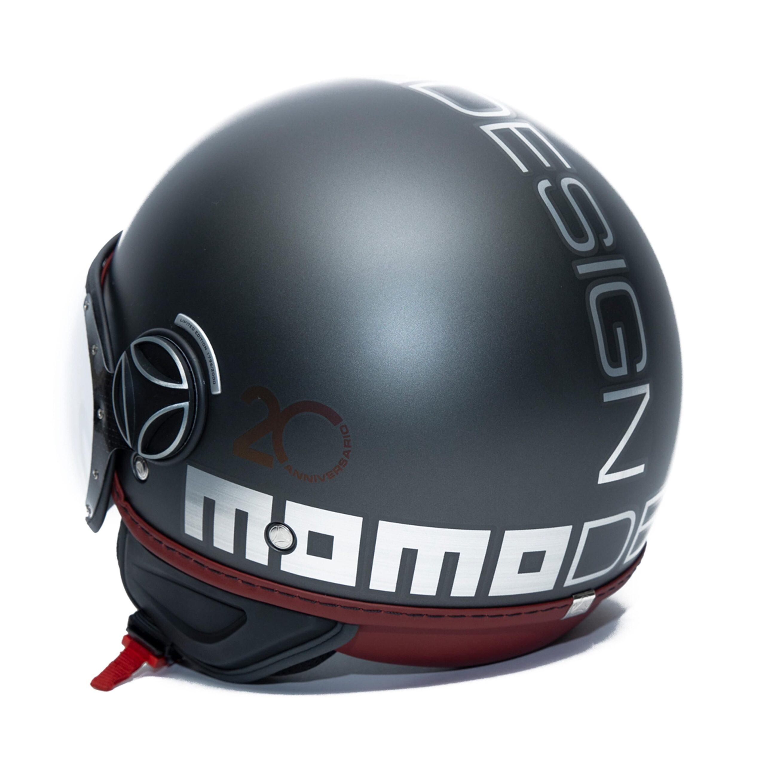 MOMO FGTR 02