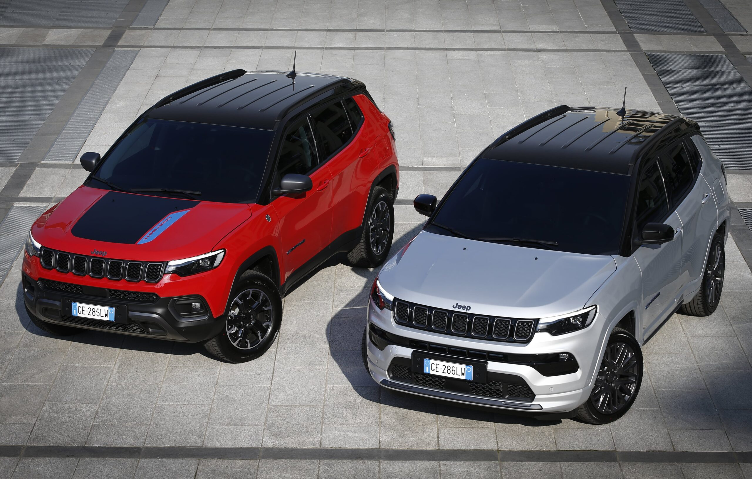 1. New Jeep® Compass Trailhawk and S 4xe