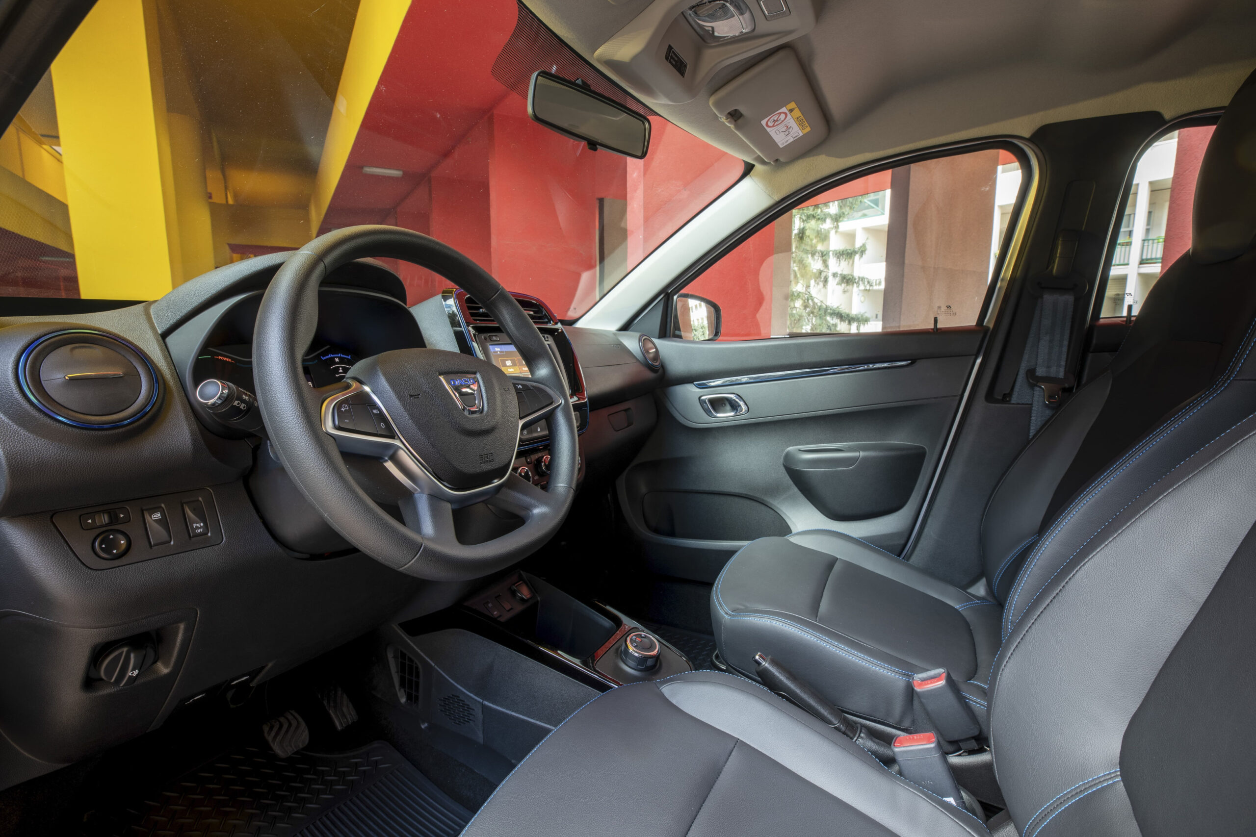 Dacia Spring 05