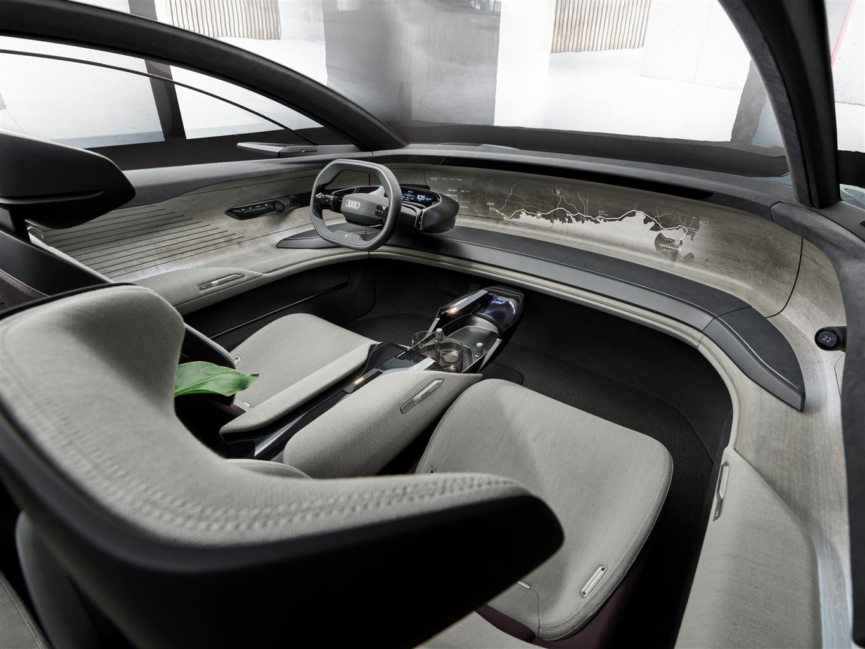 Audi Grand Sphere Concept (06)