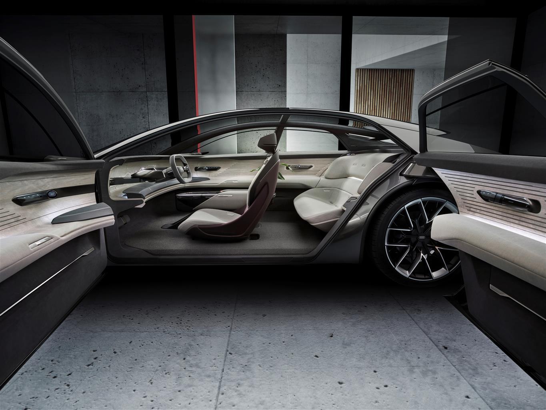Audi Grand Sphere Concept (07)