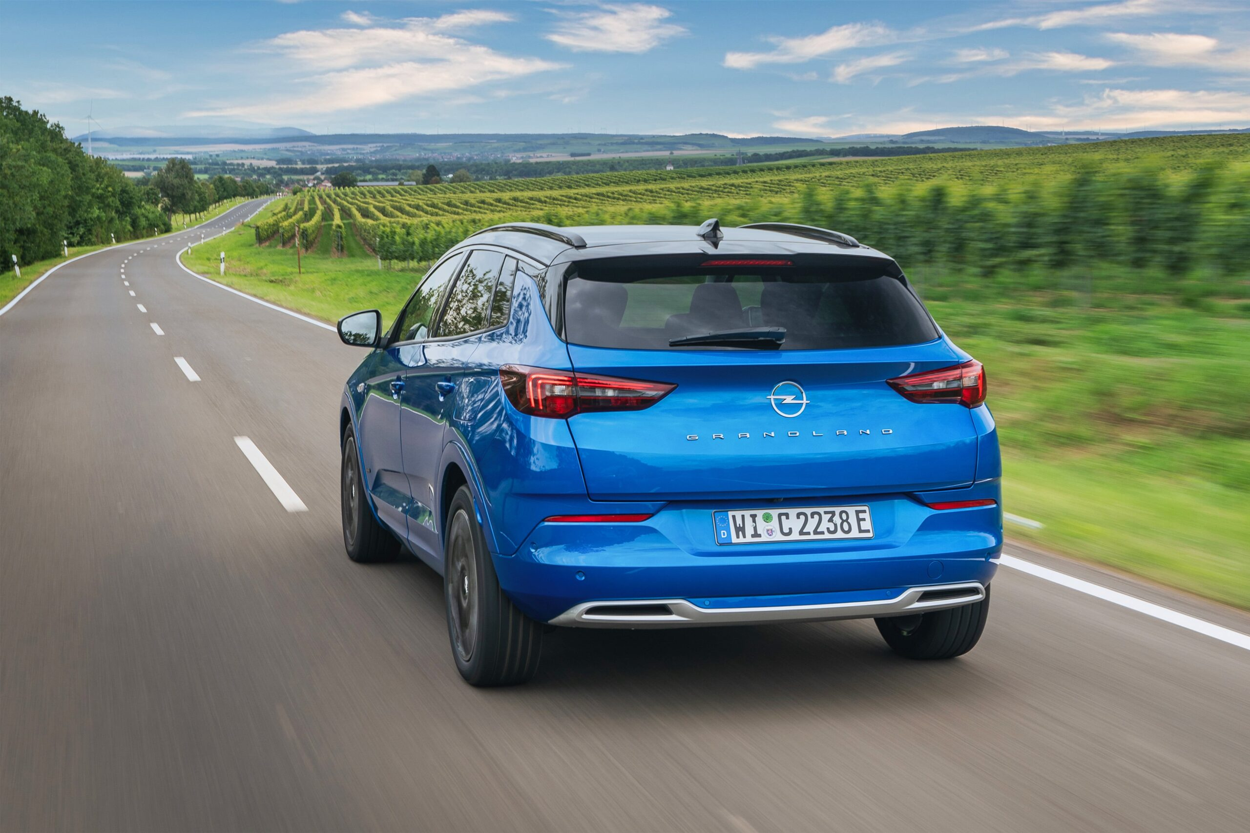 Opel Grandland Hybrid_3